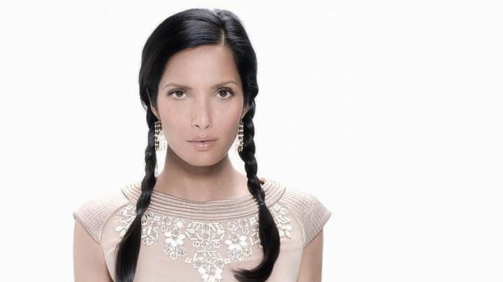 Padma Lakshmi Angry Face At Ocean Drive Magazine February 2009