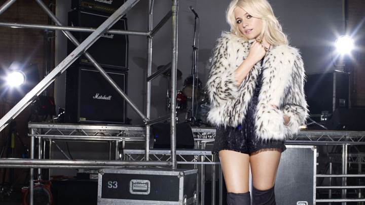 Pixie Lott In Furr Top Nice Photoshoot