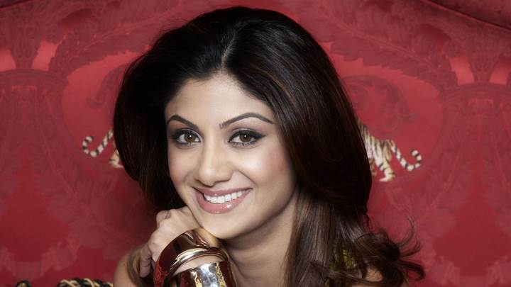 Shilpa Shetty Sweet Smiling Face Closeup