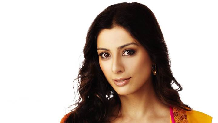 Tabu Glossy Lips N Cute Eyes