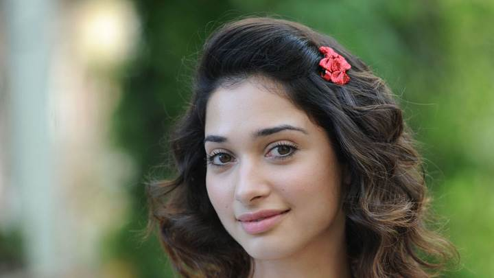 Tamanna Bhatia Innocent Face N Cute Eyes Smiling Photoshoot
