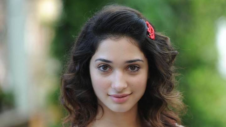 Tamanna Bhatia Looking Front Cute Face Photoshoot