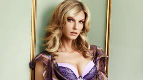 Hot Pose Of Angela Lindvall In Purple Dress
