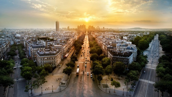 A Fantastic Sunset In Paris And Around The Whole City