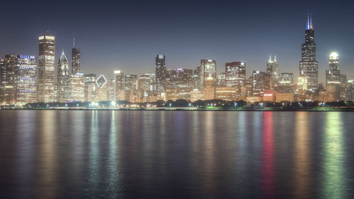 The Reflection Of Light Is Making Chicago More Beautiful
