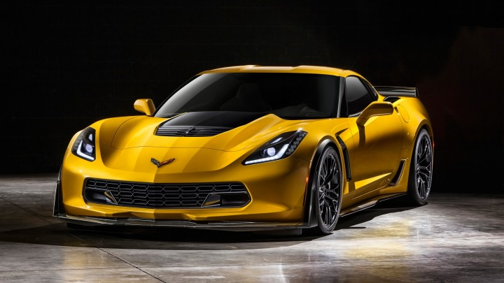 Super Car 2015 Chevrolet Corvette Z06 Front View
