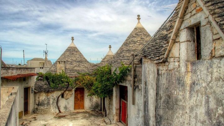Unique Trulli Constructed Houses In Alberobello Italy