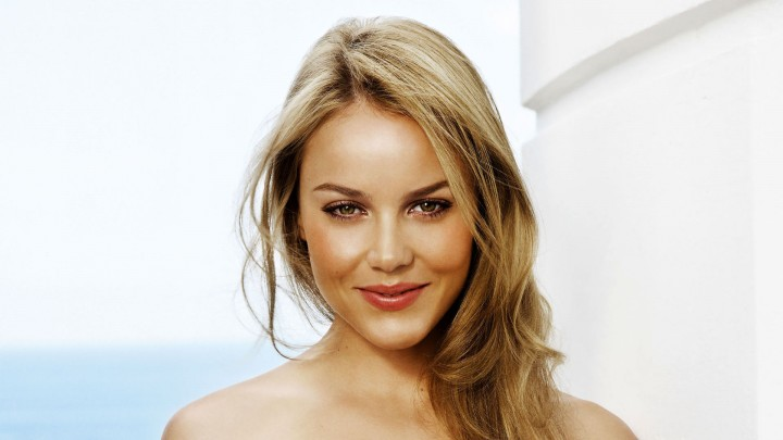 Abbie Cornish Face Closeup Smiling Pink Lips