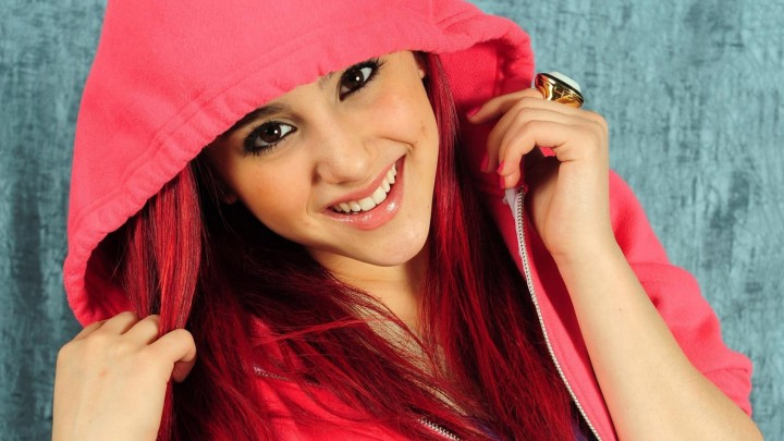 Ariana Grande In Pink Jacket Hood On Head