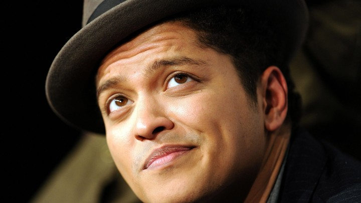 Bruno Mars Face Closeup Wearing A Hat