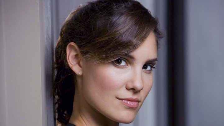 Daniela Ruah Face Closeup Smiling Pink Lips