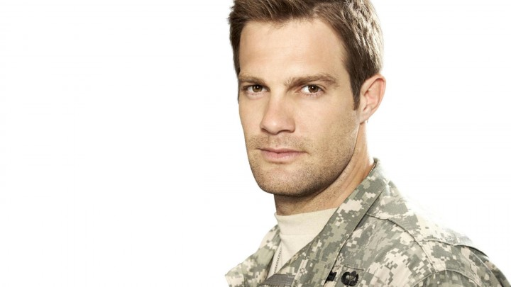 Geoff Stults Wearing Military Dress