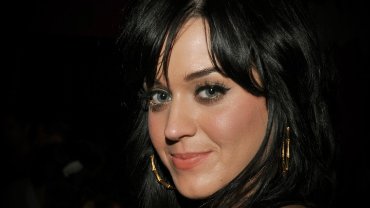 Katy Perry Face Closeup Smiling Pink Lips