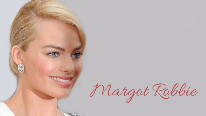 Margot Robbie Face Closeup Wearing Diamond Earrings
